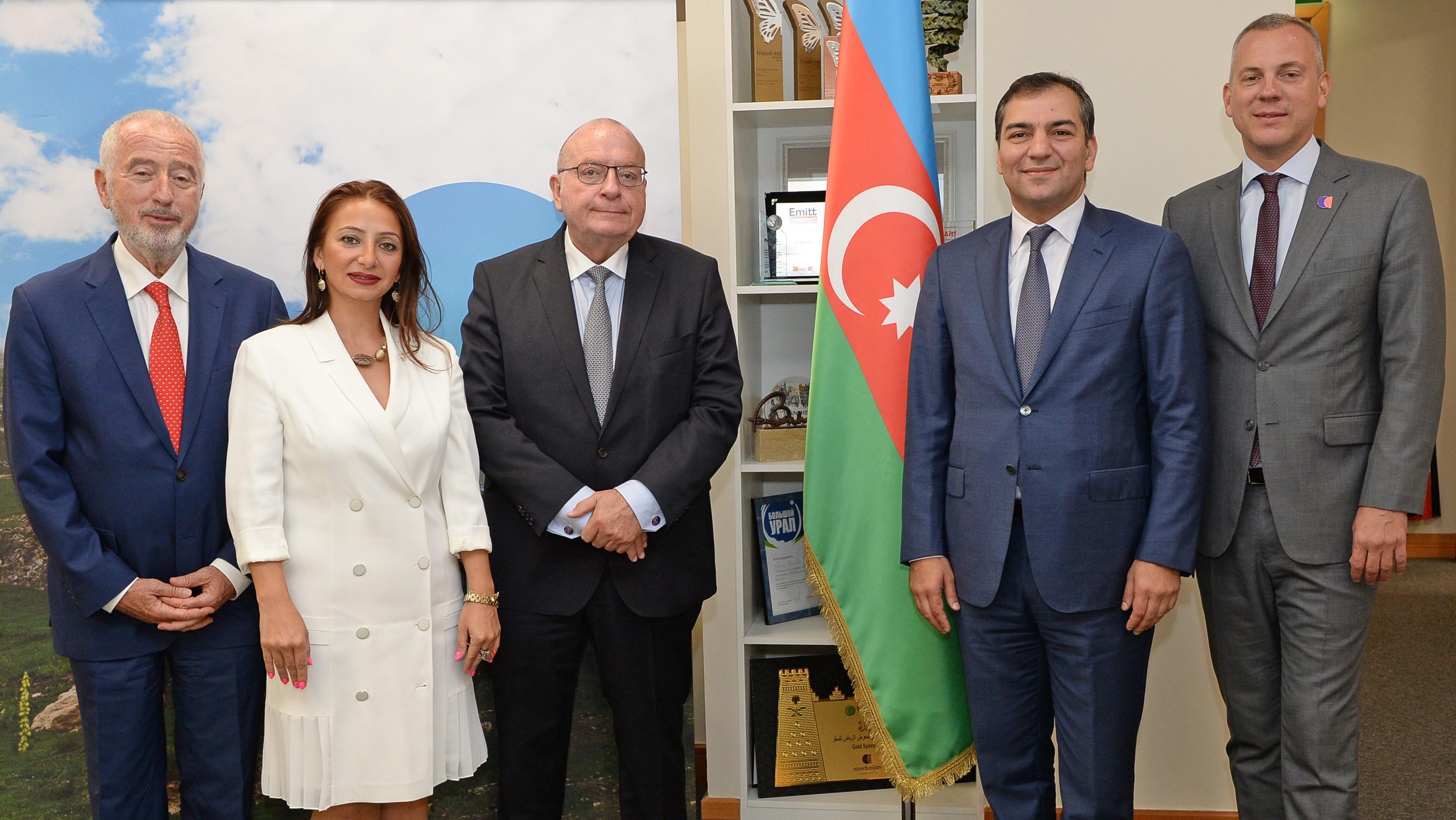 """Dövlət Turizm Agentliyinin sədri Fuad Nağıyev """"HOTREC"""" prezidenti ilə görüşüb"""